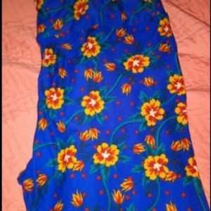 LulaRoe Tall&Curvy Blue w/ Orange Flowers Leggings